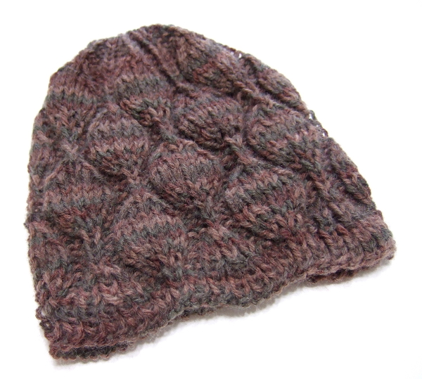 Knitting Patterns For Beanies With Straight Needles : Embossed Leaves Hat for Straight Needles - Clothing ...