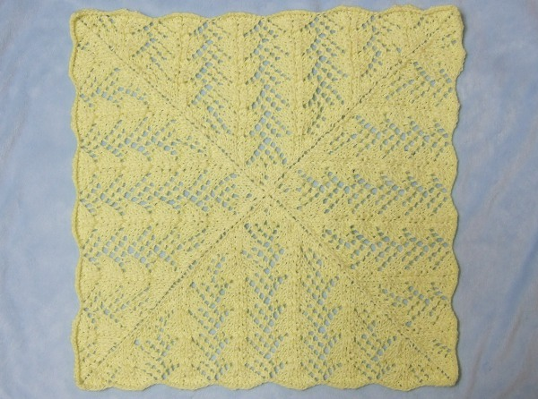 Lace Knitting Patterns In The Round : Fan Lace Baby Blanket - Afghans Baby Knitted My Patterns - - Mamas Stitc...