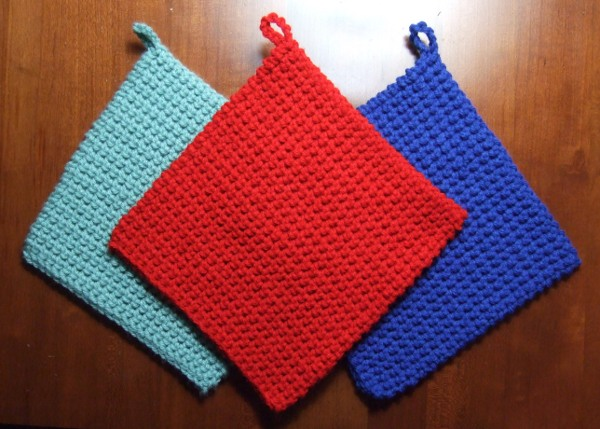 Crochet Potholders : The Best Crocheted Potholder Pattern - Crocheted Kitchen - - Mamas ...